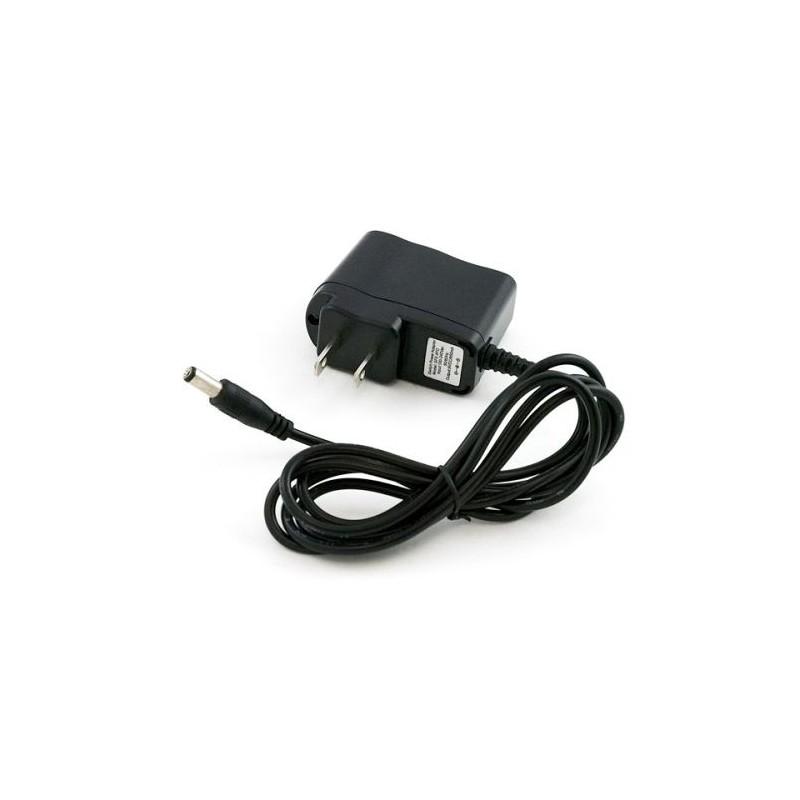 UFO Y-4 - mały multicopter z obudowanymi śmigłami i aparaturą 2.4GHz