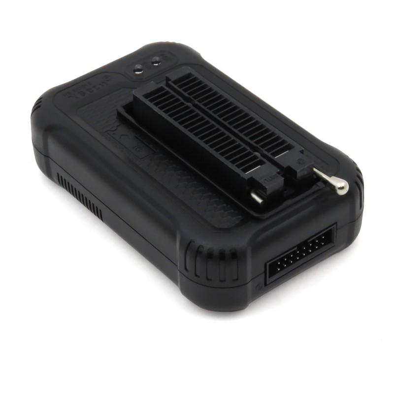 UM25 - multifunctional USB tester