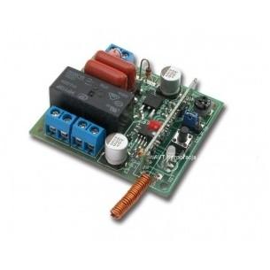 Pololu 1155 - 6-AA Battery Holder